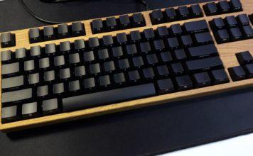 曾經收過的水轉印,木紋 Filco 紅軸機械式鍵盤